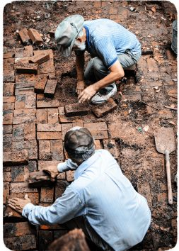 Laying Bricks - George and Phil